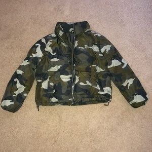 Camo puff jacket